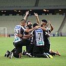 Jogadores do Ceará comemoram goleada sobre o Sampaio Corrêa