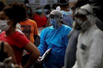 Esgotados com a pandemia: profissionais da saúde desenvolvem Síndrome de Burnout