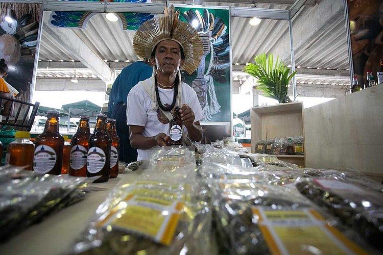 Cerveja com sabor de baianidade: produtores usam frutas para fabricar bebida
