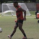 Eron teve contrato com o Vitória prorrogado até 2022