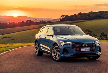 O utilitário esportivo elétrico e-tron, da Audi, foi lançado este ano