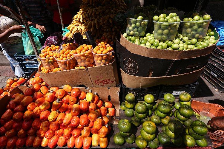 Frutas cítricas estão até 50% mais baratas em Salvador