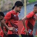 Jogadores do Vitória em treinamento, na Toca do Leão
