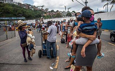 A Internacional Travessias informou que está trabalhando com o maior dos ferries, o Zumbi dos Palmares, e com outras três embarcações: Dorival Caymmi, Ivete Sangalo e Pinheiro.