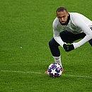 Neymar critica precaução da comissão técnica do PSG