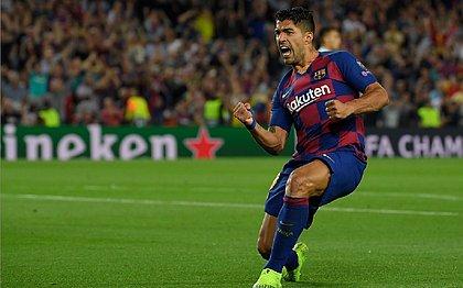 Inter marca, mas Suárez faz 2 e Barça vence na Liga dos Campeões