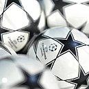 Responsável pela Liga dos Campeões, a Uefa prometeu punir os clubes envolvidos na Superliga