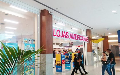 Bandido se esconde, espera Salvador Shopping fechar e rouba Lojas Americanas