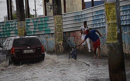 Choveu menos em Salvador em maio, mas quando choveu, foi muito forte