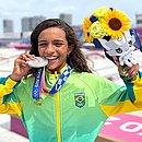 Skatista brasileira de 13 anos, conquistou a medalha de prata nos jogos olímpicos