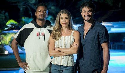 Personagem de Grazi Massafera (ao centro), Paloma viverá triângulo amoroso com Marcos (Romulo Estrela) e Ramon (David Junior)