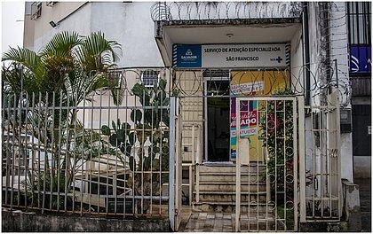Na madruga dessa terça-feira (13), por exemplo, o Serviço de Atenção Especializada São Francisco (SAE), localizado em Nazaré, foi arrombado