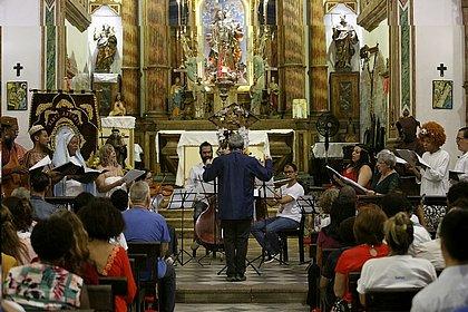 Trezena de Santo Antonio do ano passado teve até música de câmara, mas este ano terá de ser transmitida pela internet por conta da covid-19