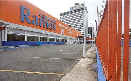 Falta de demanda e crise fecham as portas de loja da Comercial Ramos em Salvador