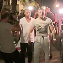 McGregor pagou fiança de R$ 48 mil e deixou a prisão