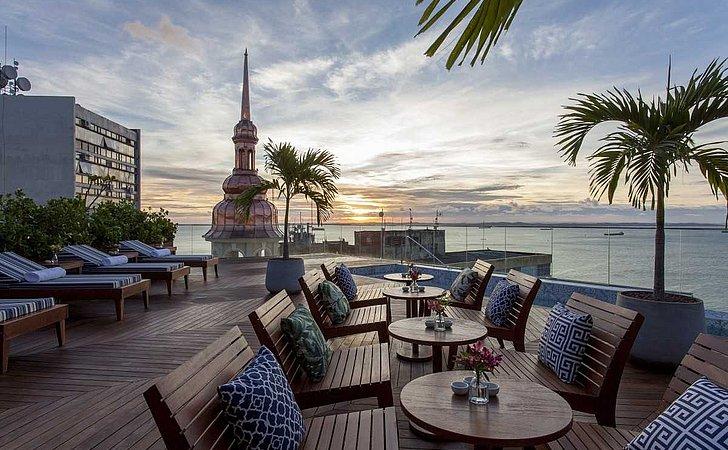 Hotéis esperam abrir 2 mil vagas de emprego no verão em Salvador