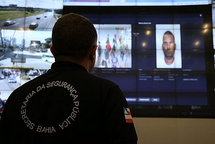 Suspeito de homicídio foi preso em estação de metrô após alerta de 91%