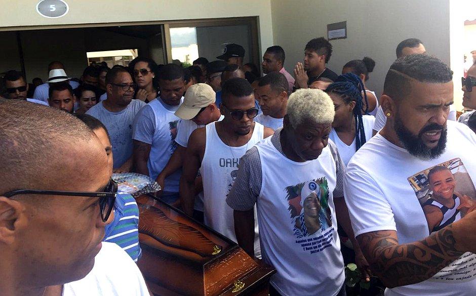 'A família está aos pedaços', diz primo de empresário assassinado por Iuri Sheik