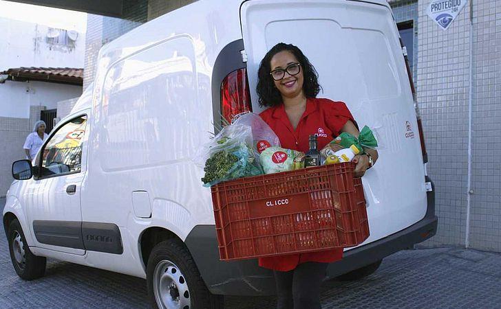 Supermercado dá desconto para quem dispensar sacola plástica