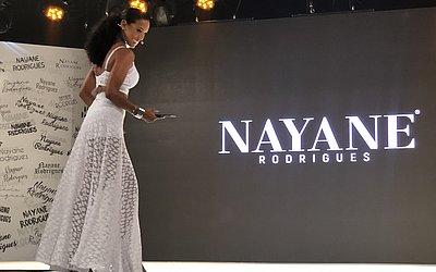 A bailarina do Domingão do Faustão, Camila Lobo, foi a mestre de cerimônias do evento