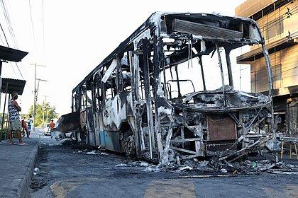 Polícia investiga ligação entre incêndios em ônibus e morte de traficante