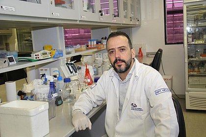 'Você não vira super-homem depois de ser vacinado', diz co-criador de vacina da febre amarela