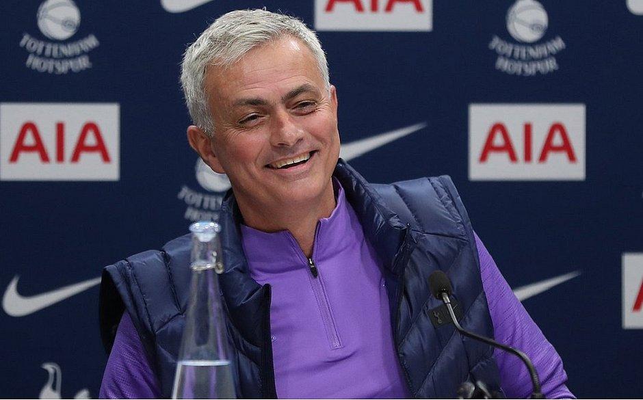 Mourinho diz assumir Tottenham 'emocionalmente mais forte'