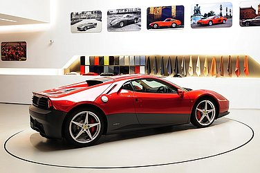 O Ferrari SP12 EC feito sob medida para o guitarrista Eric Clapton