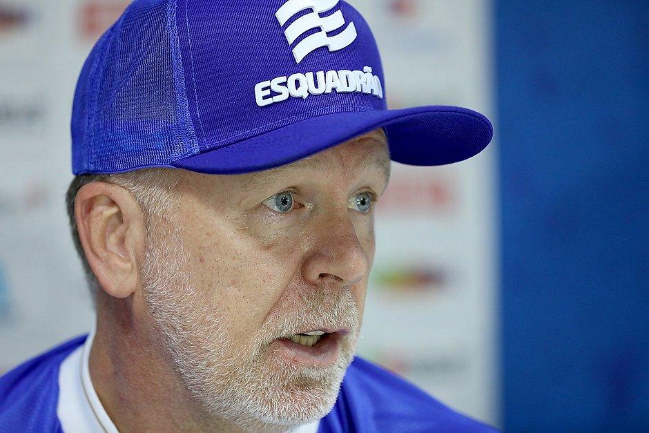 Mano Menezes em sua primeira entrevista como treinador do Bahia