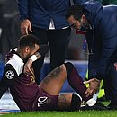 Neymar foi substituído aos 25 minutos do primeiro tempo do jogo do PSG contra Istanbul Basaksehir