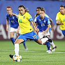 De pênalti contra a Itália, Marta balançou a rede pela 17ª vez em Copas do Mundo