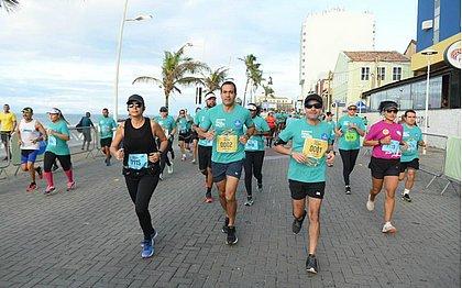 Prefeito de Salvador, ACM Neto, e o vice-prefeito, Bruno Reis, correram a Maratona Salvador
