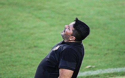 Técnico do Vitória, Eduardo Barroca avalia situação do time na Série B