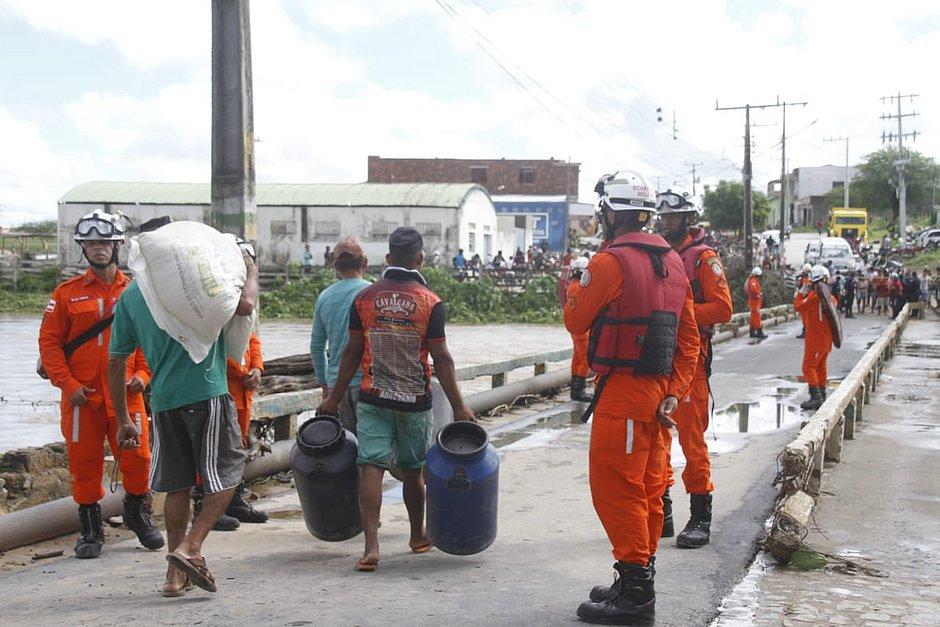Após 6 dias, chuva dá trégua em Coronel João Sá; cidade foi alagada com rompimento de barragem