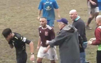 Árbitro levou soco durante jogo na Itália