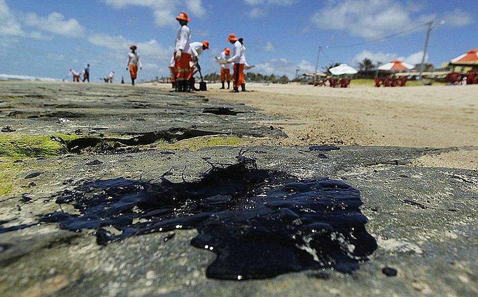 Nordeste, RJ e ES ainda têm 433 localidades com fragmentos de óleo
