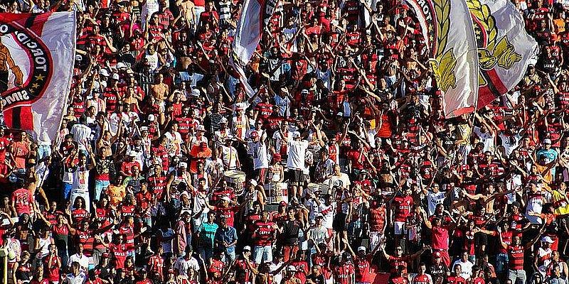 Vitória faz promoção de ingressos para jogo contra o Corinthians