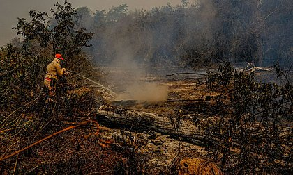 Governo libera R$ 10 milhões para combate a incêndio no Pantanal em MT