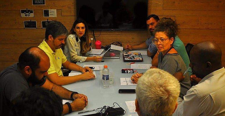 https://www.correio24horas.com.br/noticia/nid/webserie-inspira-empreendedores-assista/