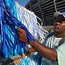 Paulo dos Santos lucrou vendendo fitinhas
