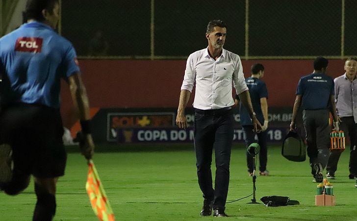 'Já passou, não adianta ficar chorando', avisa Vagner Mancini