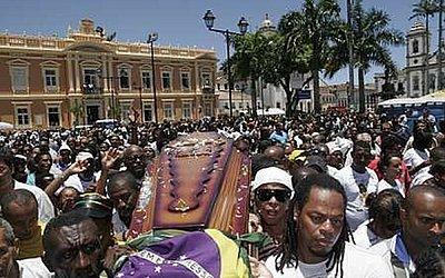 Neguinho do Samba morreu no dia 31 de outubro de 2009