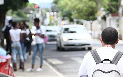 Escolas particulares propõem que aulas sejam retomadas em junho