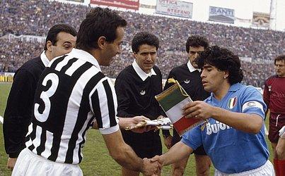 Depois do Barcelona, Maradona atuou pelo Napoli entre 1984 e 1991