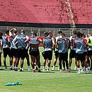 No Barradão, Vitória finaliza preparação para jogo contra o Sport