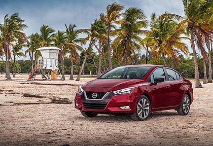 A nova geração do Nissan Versa é uma das novidades previstas para chegar até o final do ano ao Brasil