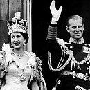 Philip e Elizabeth durante a coroação dos dois, em 1952