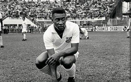 Pelé fez 1.116 jogos e marcou 1.091 gols com a camisa do Santos