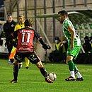Defesa do Vitória vacilou contra o Juventude, mas Vico garantiu o empate em 1x1