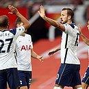 Harry Kane na comemoração pelo sexto gol do Tottenham sobre o United